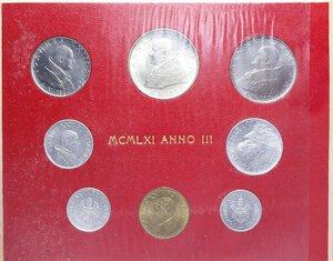 reverse: GIOVANNI XXIII (1958-1963) SERIE 8 VALORI 1961 CON 500 LIRE AG. IN FOLDER FDC