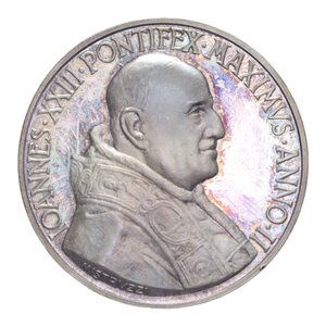 reverse: GIOVANNI XXIII MEDAGLIA 1960 AN. II AG. 40,44 GR. 44 MM. IN COFANETTO FDC/PROOF (COLPETTO)