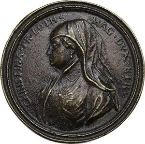 obverse: Cristina di Lorena (1565-1636) moglie di Ferdinando I de  Medici. Medaglia della Serie Medicea (1740), bordo modanato