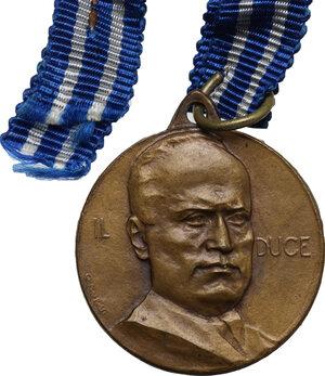 obverse: Benito Mussolini (1883-1945).. Medaglia premio con l effige del Duce
