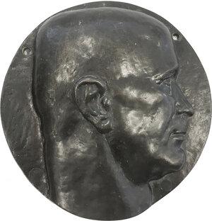 obverse: Pietro Badoglio (1871-1956), Generale e Politico, Maresciallo d Italia, Senatore e Capo del Governo dal 25 luglio 1943 all 8 giugno 1944.. Grande placca rotonda con volto a destra