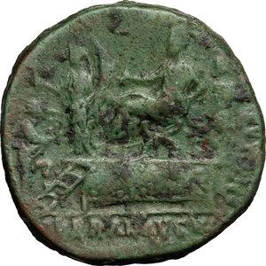 reverse: Commodus (177-192).. AE Sestertius, 186 AD