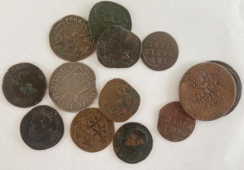 obverse: Ferrara. Lotto di tredici (13) monete di vari Pontefici
