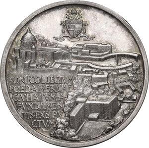 reverse: Pio XII (1939-1958), Eugenio Pacelli.. Medaglia straordinaria 1953 per il Nuovo Collegio Americano del Nord