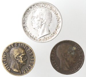 obverse: Vittorio Emanuele III. 1900-1943.Lotto di 3 monete. 5 Lire 1930, 5 Centesimi 1936 e 0,05 lek 1940. Ag-Ae.