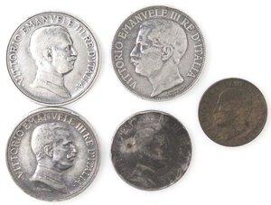 obverse: Vittorio Emanuele III. 1900-1943.Lotto di 5 monete. 2 Lire 1911-1915 e 1916, Lira 1912 e 5 Centesimi 1919 (NC). Ag-Ae.