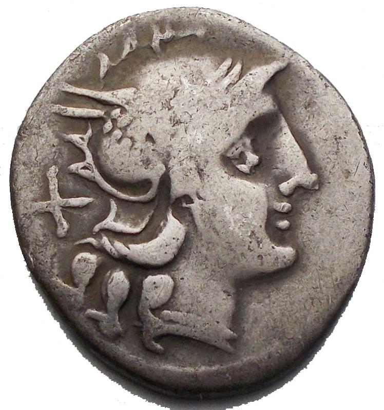 reverse: Repubblica Romana - Denario ca 206-195 aC. d/ Testa elmata di Roma a ds, dietro X r/ I Dioscuri al galoppo a ds, sotto toro a sn. in ex ROMA. gr 3,24. Sydenham 281. Crawford 116/1a. qBB. Raro.