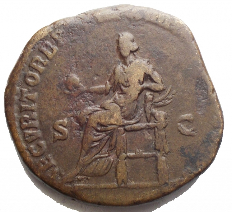 reverse: Impero Romano - Commodo. 177-192 d.C. Æ Sesterzio 28,6 x 27,2 mm. 19,16 g. Zecca di Roma. Colpito nel 189 d. C. d/ Testa laureata a destra r/ Securitas seduta a sinistra, con in mano un globo, con il braccio sinistro appoggiato su una sfinge. RIC III 529; MIR 18, 780-6/30; Banti 381. VF. Bel ritratto e bella patina verde marrone  Impero Romano - Commodus. AD 177-192. Æ Sestertius 28,6 x 27,2 mm. 19,16g. Rome mint. Struck AD 189. d/ Laureate head right r/ Securitas seated left, holding globe, resting left arm on sphinx. RIC III 529; MIR 18, 780-6/30; Banti 381. VF. Nice portrait and nice brown green patina
