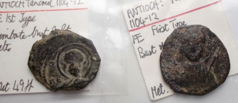 obverse: Oriente Latino -  Antiochia. Tancredi (1101-1112). Follis Ae. Lotto di 2 esemplari