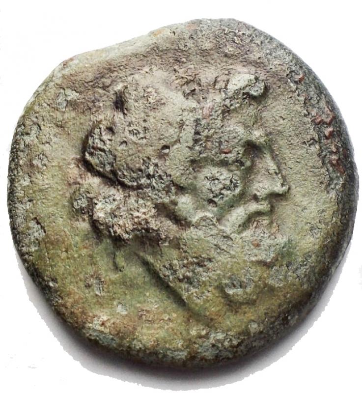 obverse: Mondo greco - Sicilia. Agrigento. Ae. ca. 240-212 aC. g 7,5. d/ Testa laureata di Zeus r/ Aquila stante ad ali aperte. CNS I 145. qBB. Patina verde. Non comune.