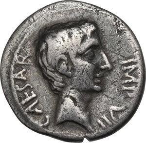 obverse: Augustus (27 BC - 14 AD).. AR Quinarius, 29-26 BC