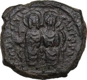 obverse: Justin II and Sophia (565-578).. AE Half Follis, Thessalonica mint, daten RY 5 (569/570)