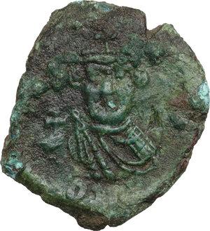 obverse: Constans II (641-668).. AE Follis, 643-647, Syracuse mint
