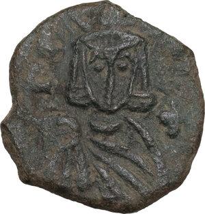 reverse: Leo V the Armenian, with Constantine (813-820). AE Follis. Syracuse mint. Struck 815-817