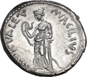 reverse: Man. Acilius Glabrio. AR Denarius, 49 BC