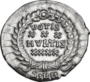 reverse: Constantius II (337-361). AR Siliqua. Sirmium mint, 351-355