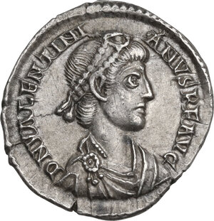 obverse: Valentinian II (375-392). AR Reduced Siliqua, Aquileia mint