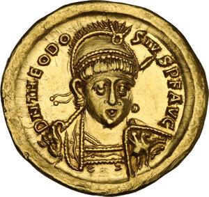 obverse: Theodosius II (402-450). AV Solidus, Constantinople mint, 408-430 AD