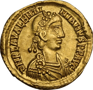obverse: Valentinian III (425-455). AV Solidus, 426-430 AD. Ravenna mint