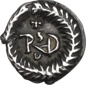 reverse: Ostrogothic Italy, Theoderic (493-526). AR Quarter Siliqua, in the name of Anastasius I. Ravenna mint, c. 493-518 AD