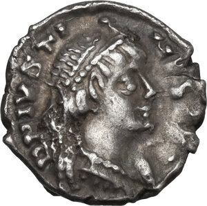 obverse: Ostrogothic Italy. Theoderic (493-526). AR Quarter Siliqua in the name of Justin I. Ravenna mint, c. 518-526 AD