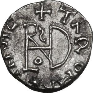 reverse: The Gepids. Uncertain king . AR Quarter Siliqua, in the name of Byzantine Emperor Anastasius I (491-518). Sirmium mint, c. 491-517 AD
