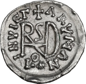 reverse: The Gepids. Uncertain king . AR Quarter Siliqua, in the name of Byzantine Emperor Anastasius I (491-518). Sirmium mint, c. 491-552 AD