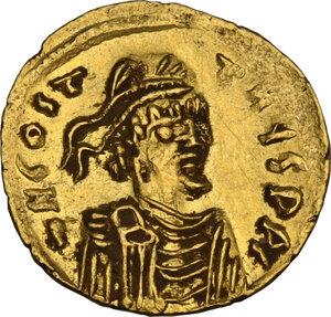 obverse: Constantine IV Pogonatus (668-685). AV Semissis, Constantinople mint