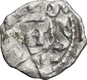 obverse: Lucca. Enrico III, IV o V di Franconia (1039-1125). Obolo o frazione di Denaro