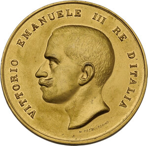 obverse: Vittorio Emanuele III (1869-1943). Medaglia 1911 per l Esposizione Commerciale Internazionale di Torino