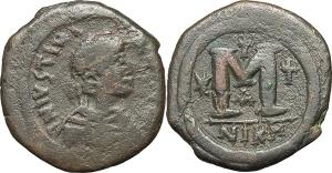 Justinian I (527-565). AE Follis, Nicomedia mint.